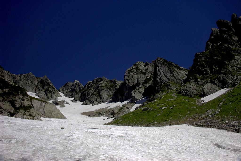 劔 長次郎谷から八つ峰