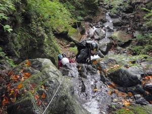 川苔谷逆川F6 10m大滝