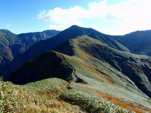 秋の国境稜線