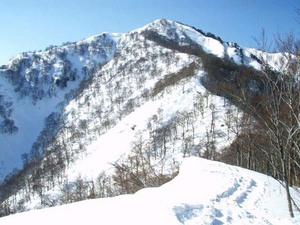 タカマタギ ラッセルトレ P1040より棒立山を望む